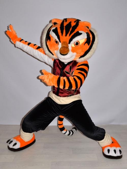 Pembuat Badut Karakter Animasi Tigress