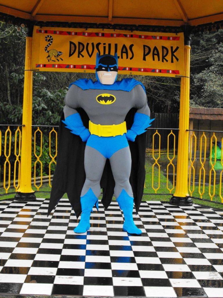 Layanan Pembuat Badut Hero Karakter Batman